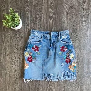 {Zara} Distressed & Embroidered Denim Mini Skirt